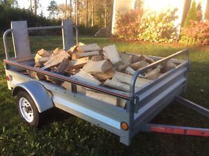 """Cut and split 16"""" spruce firewood (softwood)"""