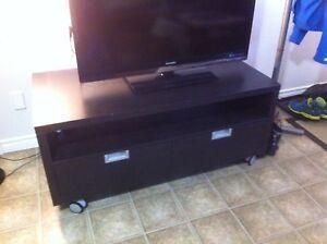 Meuble de TV Ikea propre