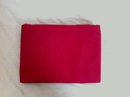 King Bed Quilt Cover Red – Good Condition Kingsford Eastern Suburbs Preview