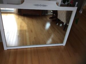 Gorgeous mirror refurbished ( solid wood).Low price!