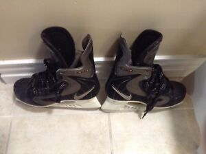 Men's Hockey Skates &Helmet