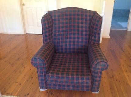Wing Chair - solid piece of furniture ready for a makeover Sylvania Sutherland Area Preview