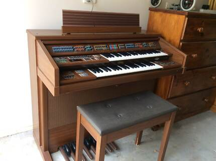 Have Fun With This Electronic Organ Albany Creek Brisbane North East Preview