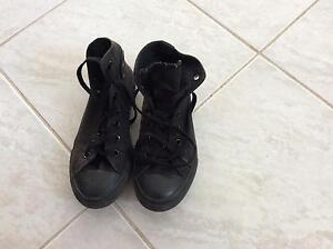 Black converse size 2y US Mill Park Whittlesea Area Preview