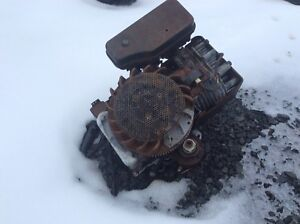 10 hp Briggs and Stratton motor