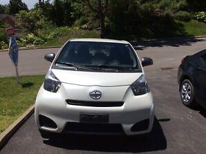 Toyota scion iq 2014