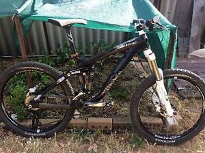 "Trek Scratch Air 6  Dual Suspension MTB size MED 26"" wheels Kalamunda Kalamunda Area Preview"