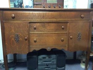 ANTIQUE OAK TABLE , 6 CHAIRS and SIDEBOARD