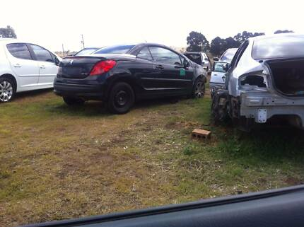 WRECKING 2007 PEUGEOT 207cc CONVERTIBLE ALL PARTS FREE FREIGHT