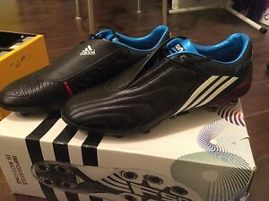 Men's size 13 Football/soccer cleats *NEW*