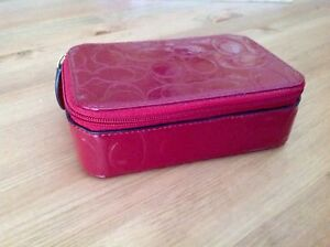 COACH  zippered jewelry case