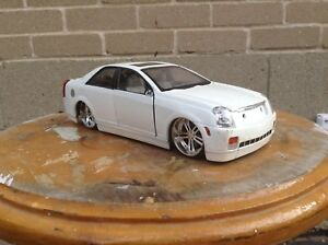 Diecast 1:24 scale cadillac cts (jada)