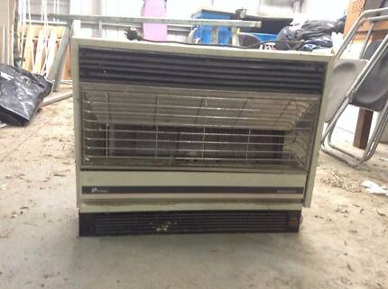 LP GAS HEATER Greenvale Hume Area Preview