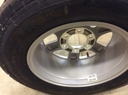 Tyre and wheel for 4x4 Great Wall