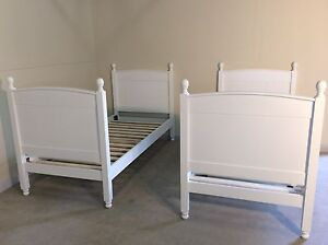 BRAND NEW white single 4 post princess bed SYD DELIVERY &ASSEMBLY Windsor Hawkesbury Area Preview