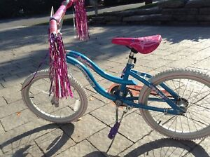 Supercycle Dreamweaver Girls' 20 inch Bicycle