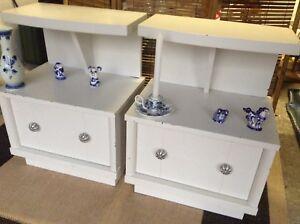 Deux tables de chevet side vintage mid century blanches