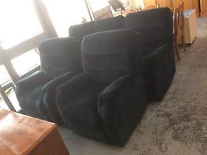 UNCLE SAMS SECONDHAND BUYING & SELLING SECONDHAND FURNITURE Derwent Park Glenorchy Area Preview