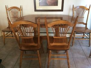 Kitchen/Dining Table & Chairs - $350