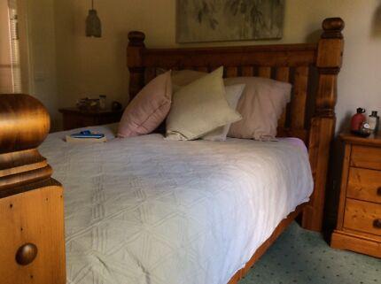 Bed & Bedside Tables