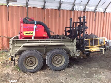 Dingo K9-4 mini digger with trailer and attachments