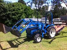 Tractor Iseki 4x4 4in1 Bucket Front End Loader 3PL PTO 126Hrs Kangaroo Valley Shoalhaven Area Preview