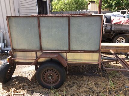 Trailer single axle Tipping high sides.