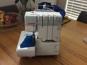 Janome 1110DX overlocker Altona North Hobsons Bay Area Preview