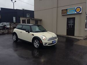 2008 Mini Cooper / 5 Speed manual / No Accidents