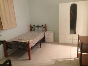 Near new bachelor studio $190/wk 7-8mints walk to station Earlwood Canterbury Area Preview
