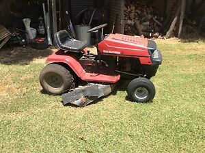Ride on lawn mower Nundle Tamworth Surrounds Preview
