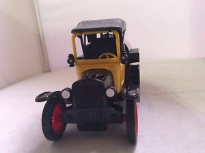 Die Cast Ford Model T Coca-Cola 1:24 New Price Peterborough Peterborough Area image 3