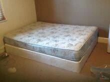 Queen sized mattress with base (ensemble) East Tamworth Tamworth City Preview
