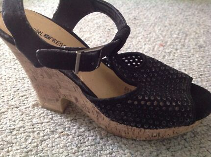 Size 10 Ladies Shoes - Wedges