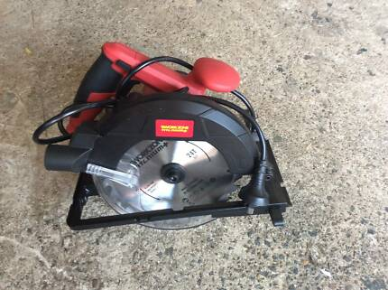 circular saw work zone brand new call for inspection let me know