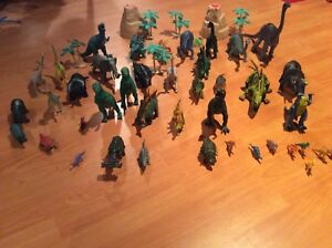 Dinosaures, animaux & insectes
