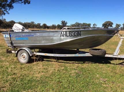 Stessl edgetracker HD 425 boat