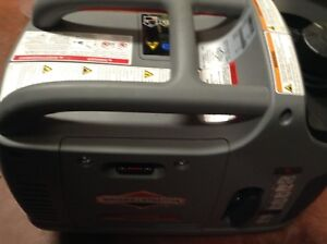 New Briggs & Stratton P2200 Inverter Powersmart Generator