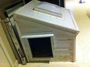 Medium/Small Dog Kennel - Custom Built ( one of a kind ) Clyde Casey Area Preview