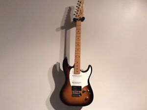 Godin Session, mint condition, upgraded pickups.
