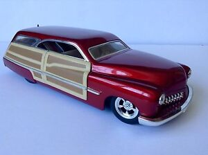 Diecast 1:18 hotwheels collectibles mercury woody wagon