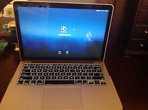 MacBook Pro late 2015 mint condition only 56 battery cycle