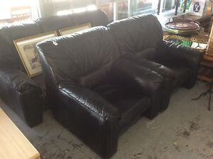 UNCLE SAMS SECONDHAND QUALITY SECONDHAND FURNITURE Derwent Park Glenorchy Area Preview