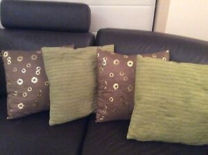 4 decorative cushions for $20. Wattle Grove Liverpool Area Preview