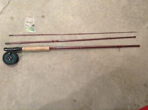 8' fly fishing pole ,reel and accessories