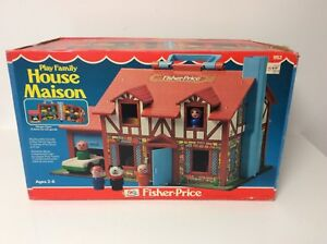 Fisher Price vintage Play Family brown house, in the box