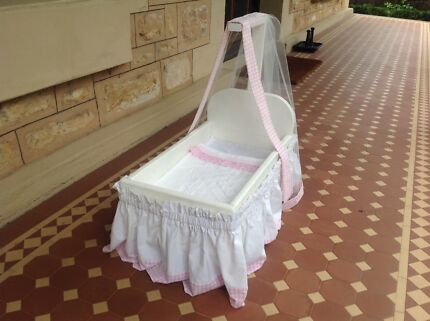 Doll's Bed with valance and matching sheet and quilt