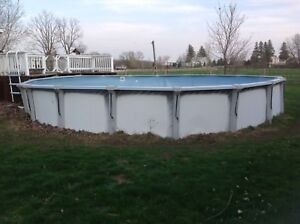 28' pool for sale