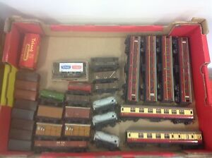 HO OO SCALE MODEL TRAIN SET RAILWAY PIECES Lockleys West Torrens Area Preview