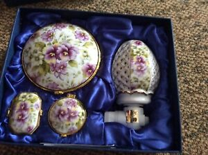 Porcelain Gift Set